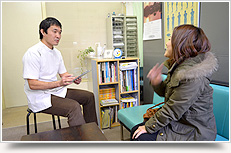 体格、年齢、症状、性別等に合わせて施術を行います